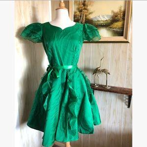 1960's Green Twirl Dancing Dress